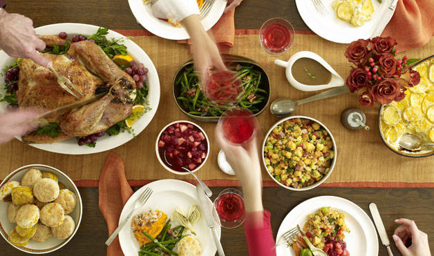 THE 3 NUTRITION STRATEGIES FOR SURVIVING THE HOLIDAYS